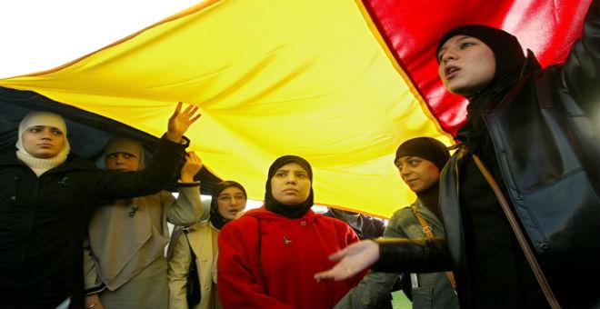 بلجيكا تطالب المهاجرين بإعلان قبولهم