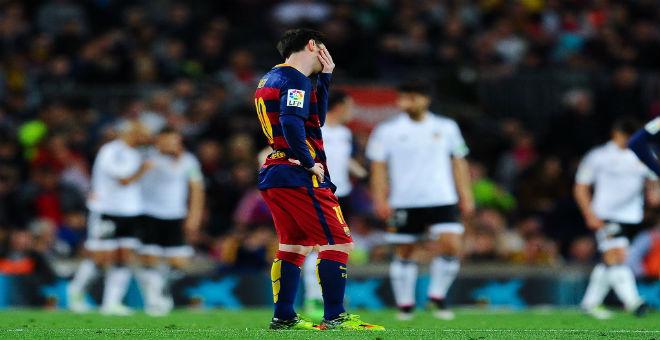 فريق برشلونة يغرق بسقوطه أمام فالنسيا