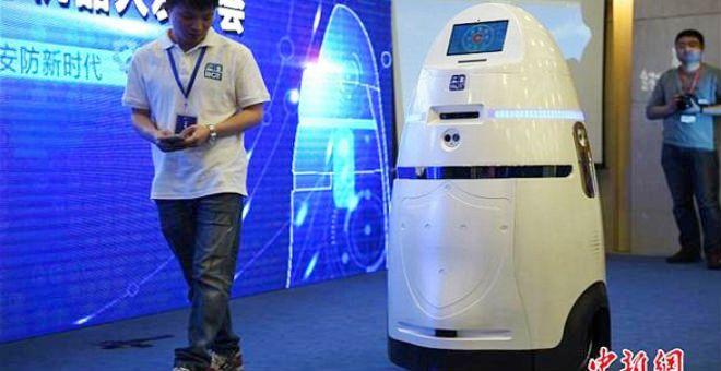 بالفيديو.. أول روبوت يكافح الشغب