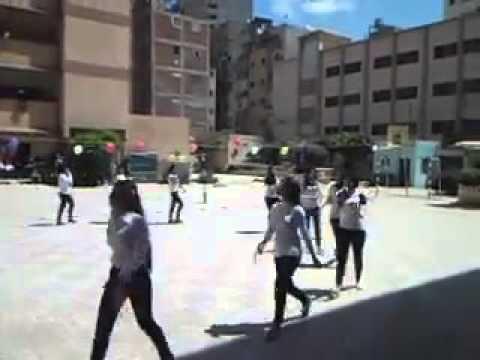 بالفيديو.. طالبات يرقصن على أغنية