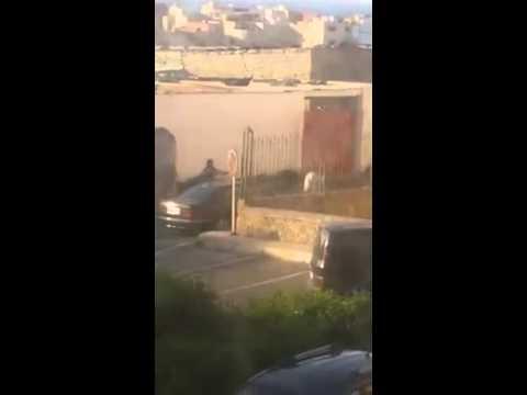 بالفيديو..مجرم خطير بالرباط يجبر الأمن على استخدام الرصاص لإيقافه