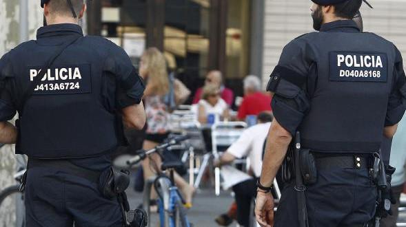السلطات الإسبانية