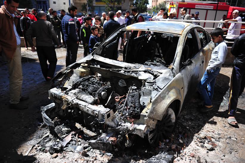 استنفار أمني بسبب حريق مهول التهم سيارتين بالبيضاء (صور - فيديو)!