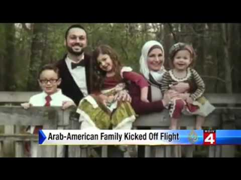 طرد عائلة مسلمة من طائرة أمريكية بداعي سلامة الركاب !!