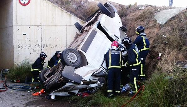 مصرع 5 عمال مغاربة في حادثة سير خطيرة بإسبانيا