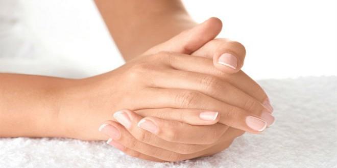 تشققات اليدين