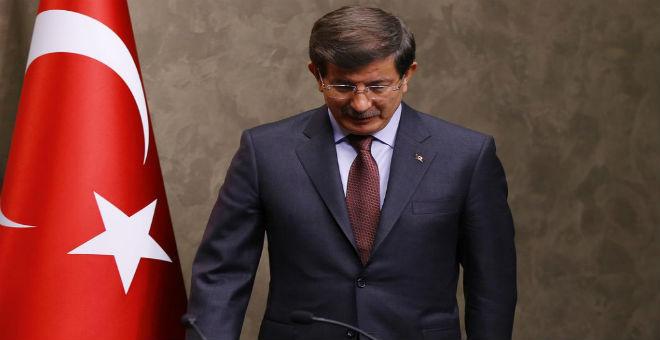 في خطبة وداع.. أوغلو يقدم استقالته رسميا من رئاسة الحكومة التركية
