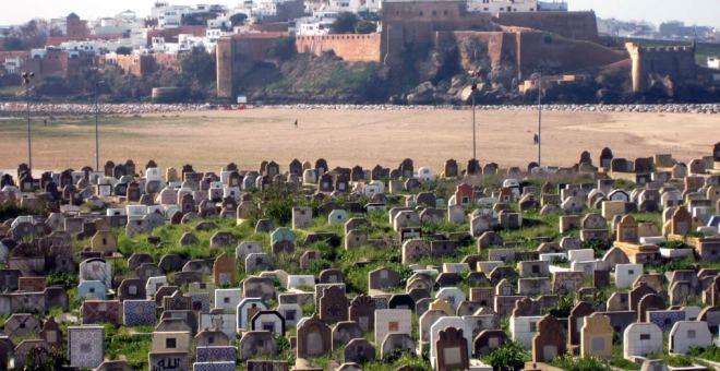 أمن سلا يلقي القبض على سيدتين بتهمة النبش بالمقابر