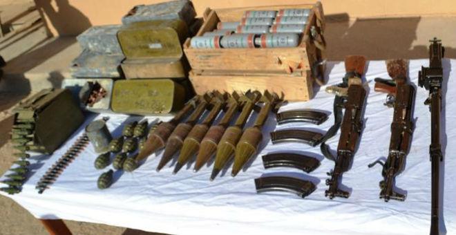 الجزائر: العثور على مخبأ ضخم للأسلحة يعود لتنظيم