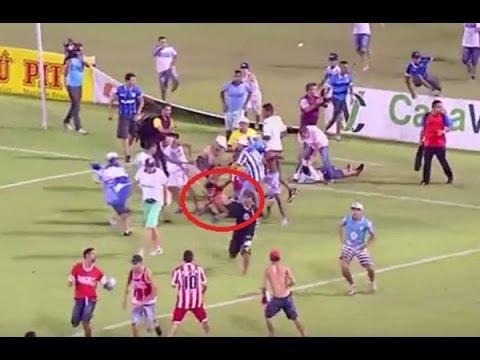بالفيديو.. معركة دامية في مباراة بالبرازيل