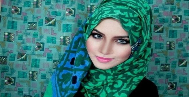 كيف تختارين حجابك حسب لون بشرتك