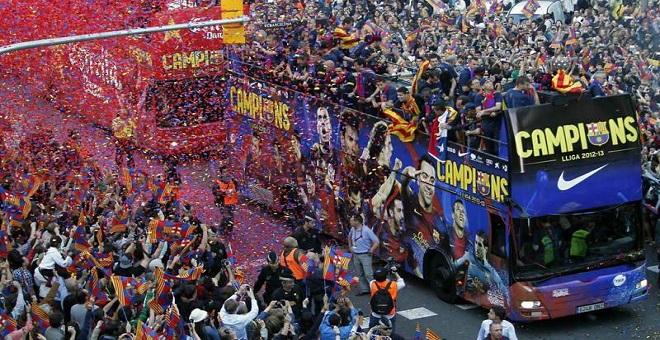 برشلونة يسعى للإحتفال بلقب الليغا بغرناطة