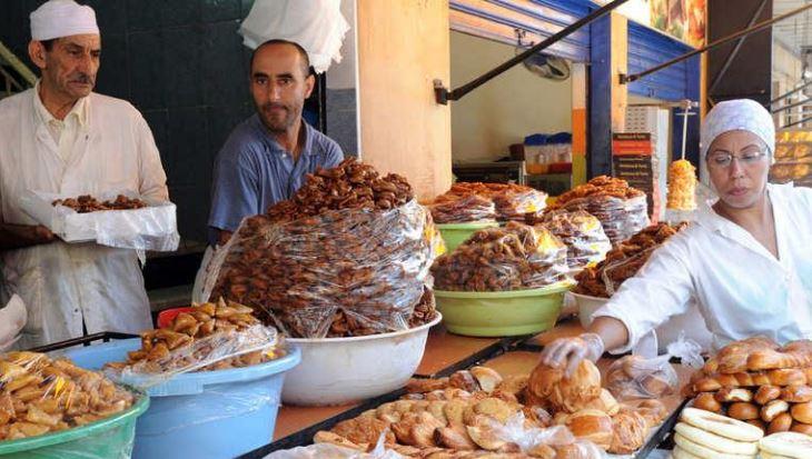 الداخلية تستنفر لجانها لمراقبة أسعار المواد الغذائية خلال شهر رمضان