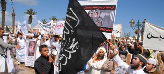 قبل أيام من ذكرى 16 ماي.. السلفيون يقصدون المساجد للاحتجاج