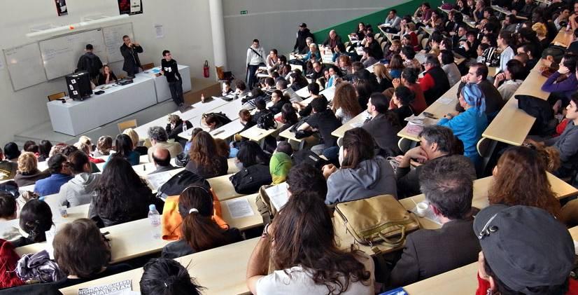 إجراءات صارمة تنتظر الطلبة المقبلين على مناقشة الدكتوراه