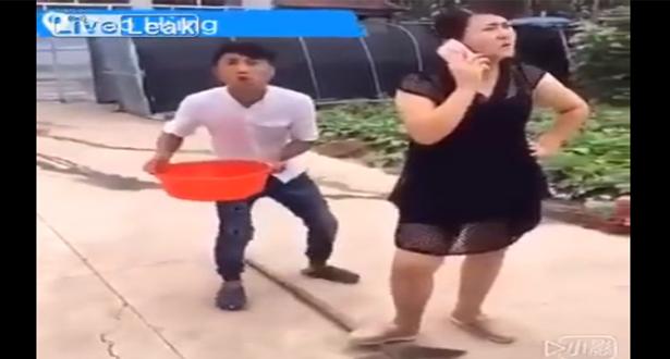 بالفيديو.. حاول تنفيذ مقلب في زوجته فانقلب عليه