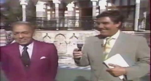 فيديو نادر للحسن الثاني : قاطع حواره مع صحفي فرنسي وتكلم بالدارجة
