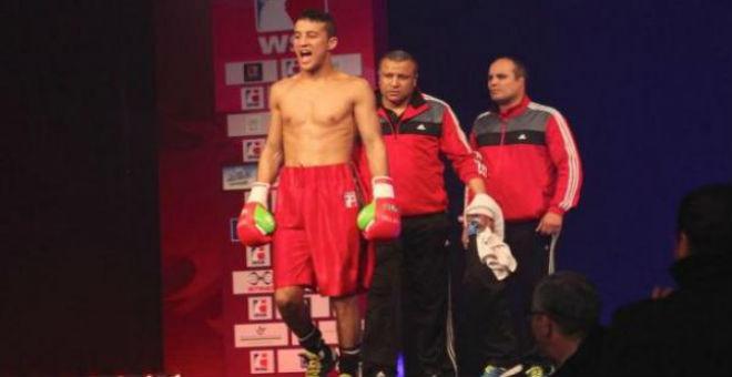 ريو 2016: تأهل الملاكم المغربي محمد حموت إلى الدور الثاني