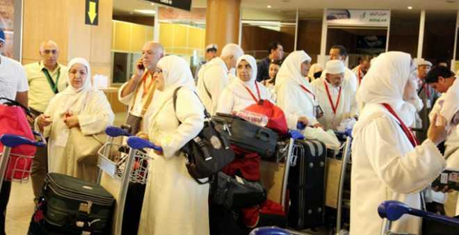 وزارة الأوقاف تدعو الحجاج المغاربة للاستعداد للإحرام في الطائرة