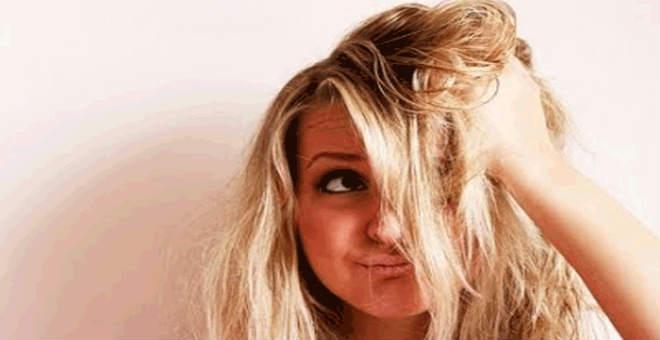 وصفات طبيعية مدهشة ستخلصك من رائحة الشعر الكريهة في الصيف