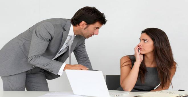 دراسة.. نصف السيدات يعانين من التحرش الجنسي في العمل