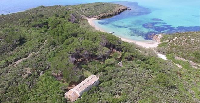 عائلة إسبانية تعرض جزيرة للبيع بـ 5 ملايين دولار فقط
