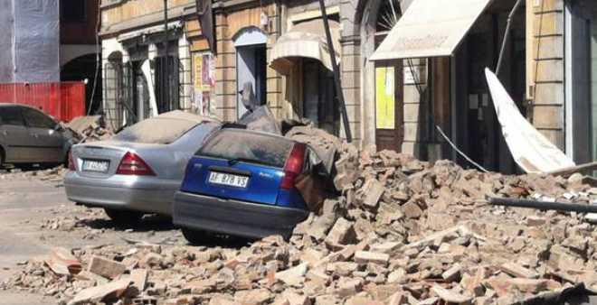 زلزال قوي يضرب وسط إيطاليا ويوقع 18 قتيلا على الأقل