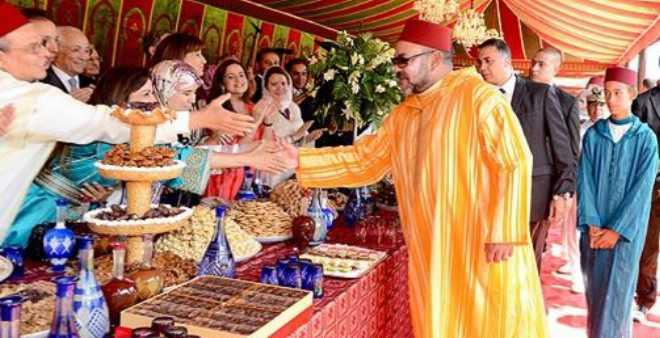 الملك محمد السادس يوشح فنانين ورياضيين وإعلاميين بمناسبة عيد الشباب