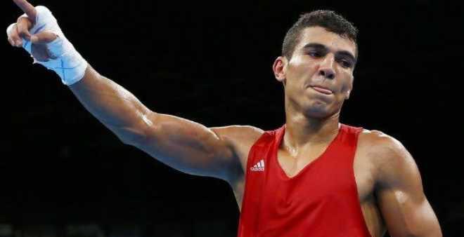 من يحارب الملاكم الأولمبي محمد الربيعي؟