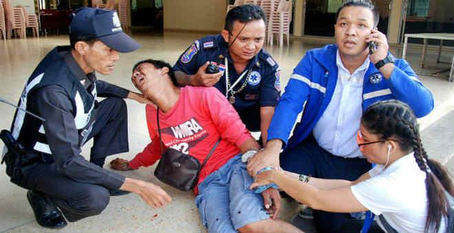 تفجيرات تستهدف بلدات سياحية في التايلاند في عيد  ميلاد الملكة