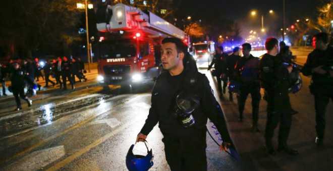 قتلى وجرحى في هجوم بسيارة مفخخة في تركيا