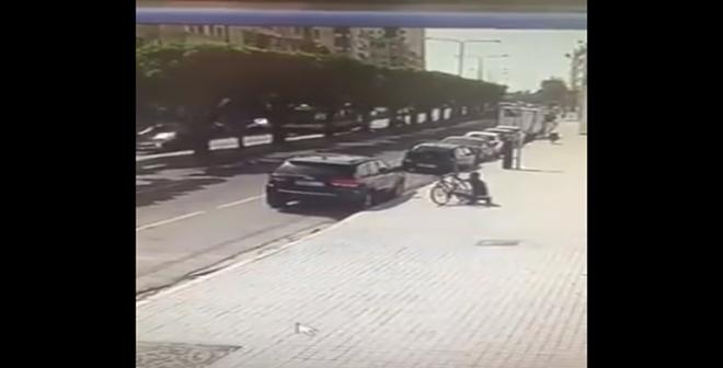 كاميرا المراقبة ترصد كيف تمت عملية سرقة بشارع الزورقطوني بالبيضاء