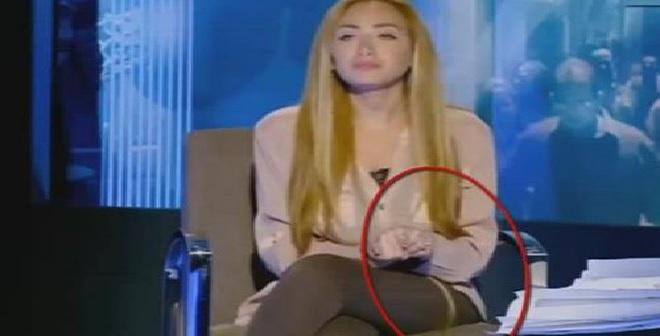 فيديو: سقوط شعر ريهام سعيد المستعار على الهواء مباشرةً