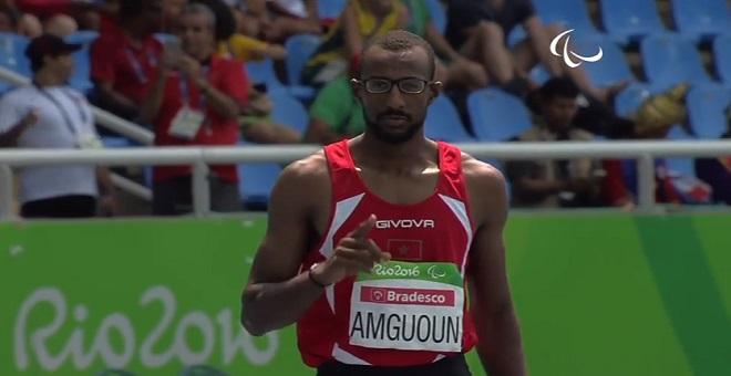 محمد أمكون يهدي المغرب ميدالية ذهبية ويحطم الرقم القياسي العالمي