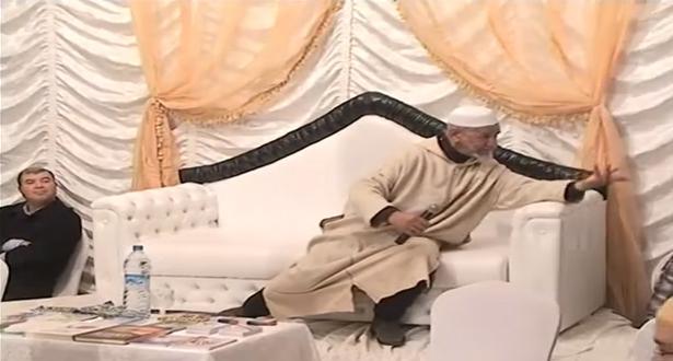 فيديو طريف للشيخ العلوي عن أخلاق بعض الحجاج