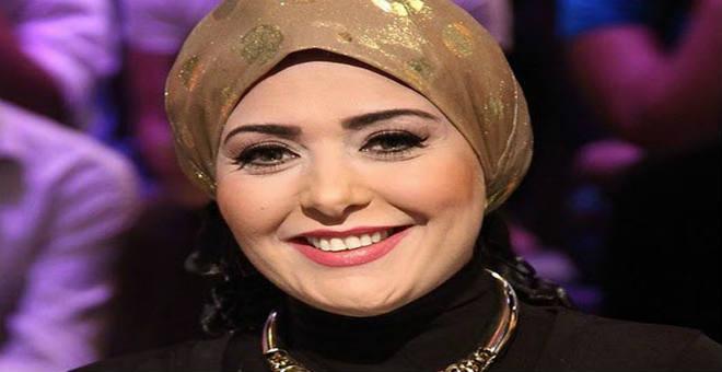 بعد خلعها الحجاب .. الممثلة صابرين ترد بقوة على منتقديها