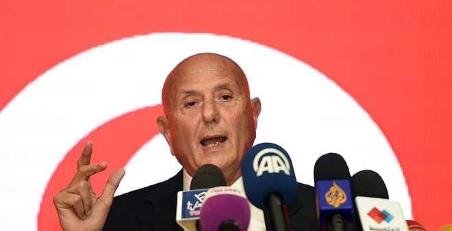 نجيب الشابي يحذر من فوز ساحق لإسلاميي تونس في الانتخابات البلدية