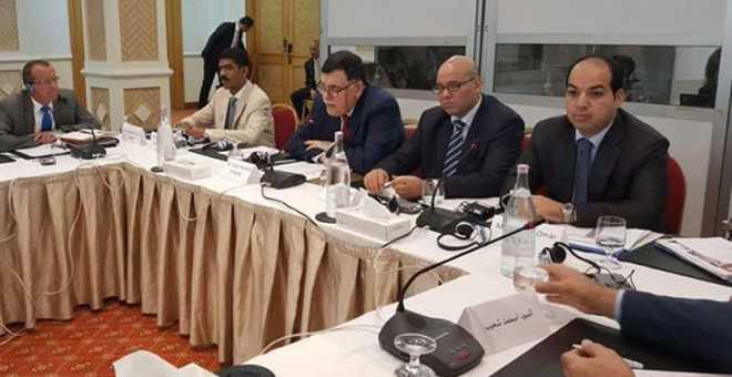 هل ينجح الحوار الليبي في تونس إلى التقريب بين الفرقاء؟
