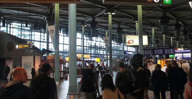 القبض على مواطنة مغربية سافرت بأمعاء زوجها في مطار بالنمسا !