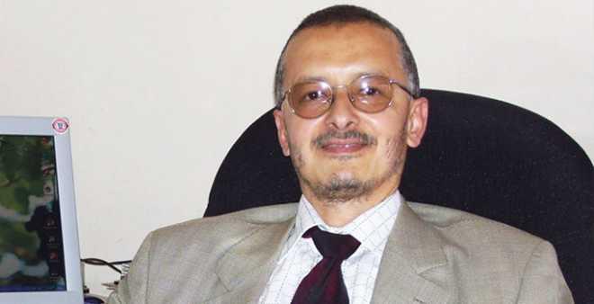 """قيادي في """"البيجيدي"""": نجاح أغنية """"غلطانة"""" يدل على نجاح حكومة بنكيران"""