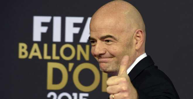 رئيس الفيفا يقترح زيادة عدد المنتخبات في المونديال