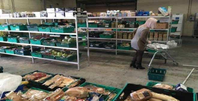لا يصدق.. افتتاح أول متجر في العالم لبيع بقايا الطعام في بريطانيا!!