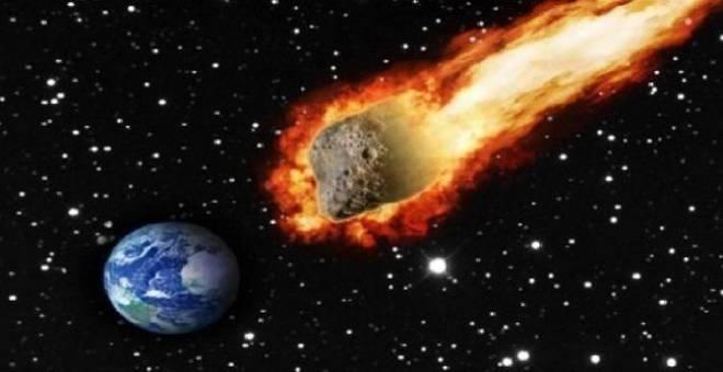 خطير.. علماء فلك يحذرون من احتمال سقوط نيزك عملاق غدا الأحد