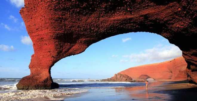 قوس شاطئ