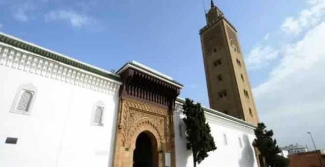 وزارة الأوقاف والشؤون الإسلامية تخفض استهلاك الطاقة بالمساجد