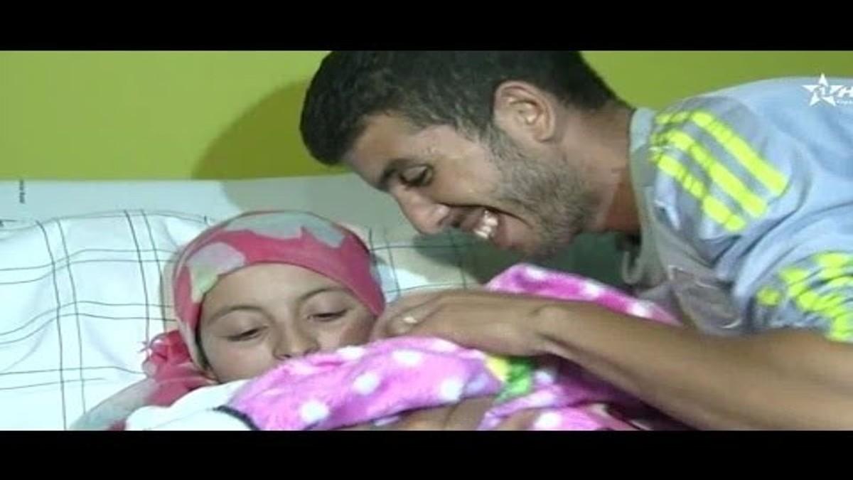 بالفيديو : أجواء الفرحة أثناء تسليم الرضيعة المختطفة