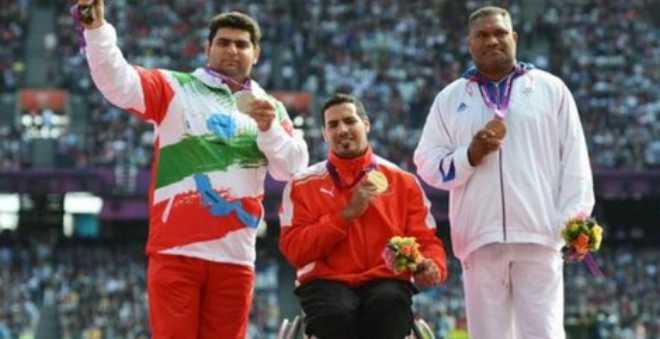 عزالدين النويري يهدي المغرب الميدالية الذهبية