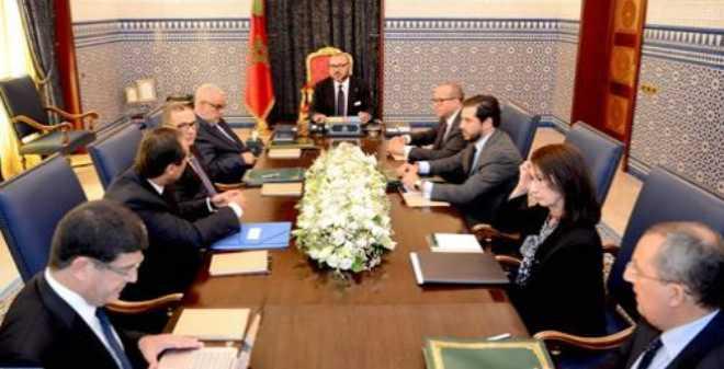 الملك محمد السادس يترأس بطنجة جلسة عمل مخصصة للقطاع الطاقي