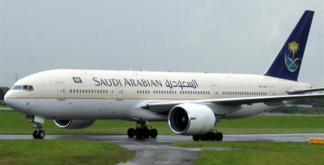 عزل طائرة سعودية في مطار مانيلا بعد إنذار اختطاف خاطئ