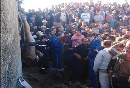تعذيب سارق بشكل عنيف على مرئ من رجال الشرطة ورجال الحماية المدنية
